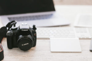 カメラや写真でできるおすすめの副業3選!初心者やサラリーマンにもできる副業まとめ!